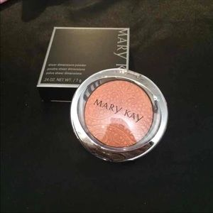 MK Limited Edition Sheer Powder: Lace